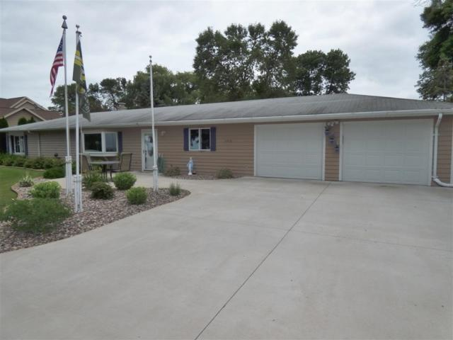 4418 Nicolet Drive, Green Bay, WI 54311 (#50207705) :: Todd Wiese Homeselling System, Inc.