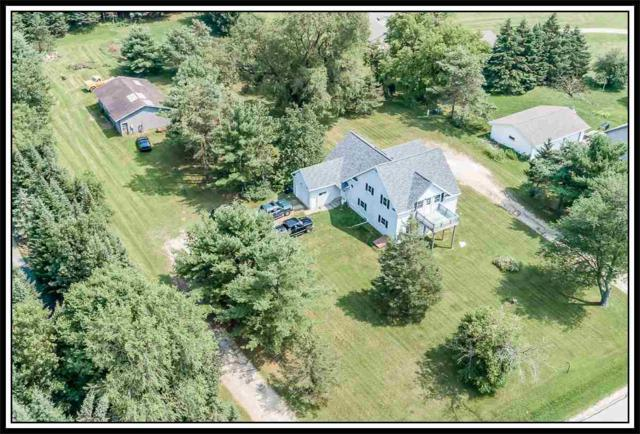 N3360 Bean City Road, New London, WI 54961 (#50207756) :: Dallaire Realty