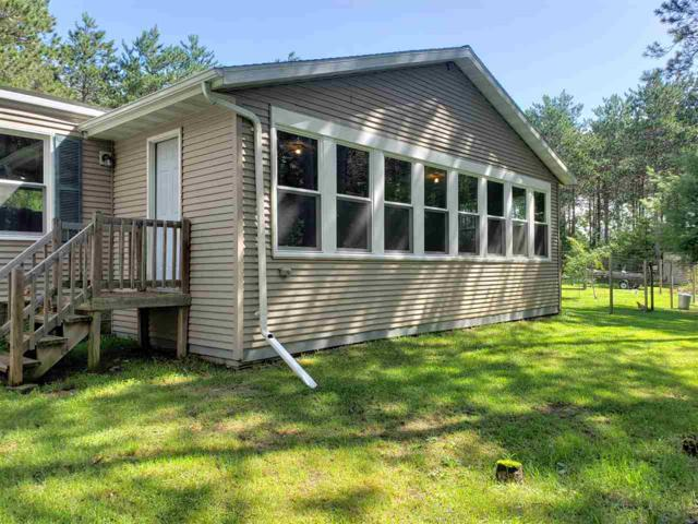 E2665 Tilly Lane, Waupaca, WI 54981 (#50207885) :: Todd Wiese Homeselling System, Inc.