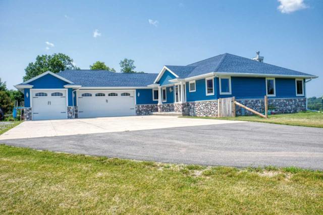 W1022 Hwy Zz, Kaukauna, WI 54130 (#50207895) :: Todd Wiese Homeselling System, Inc.