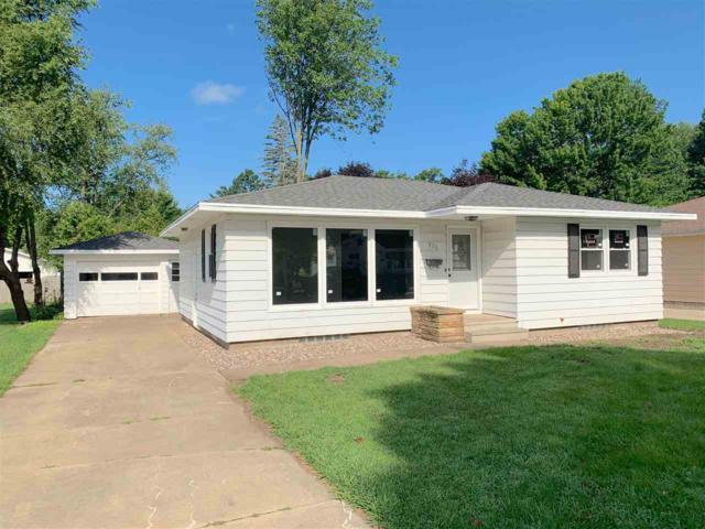 935 S Union Street, Shawano, WI 54166 (#50208017) :: Dallaire Realty