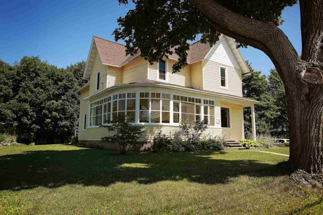 129 W Main Street, Gillett, WI 54124 (#50208171) :: Todd Wiese Homeselling System, Inc.