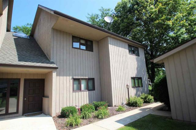 4839 Scotland Drive C, New Franken, WI 54229 (#50208303) :: Todd Wiese Homeselling System, Inc.