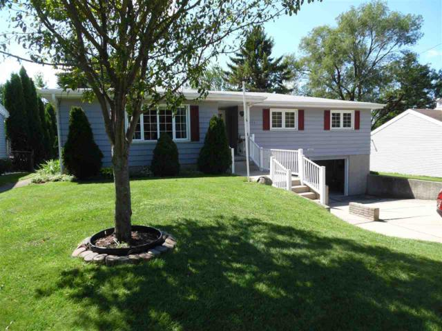 2470 Finger Road, Green Bay, WI 54302 (#50208625) :: Dallaire Realty