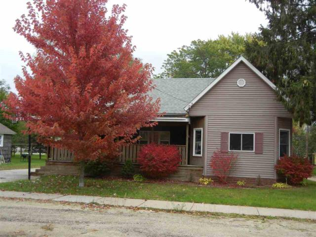 337 S Oxford Street, Wautoma, WI 54982 (#50208733) :: Dallaire Realty