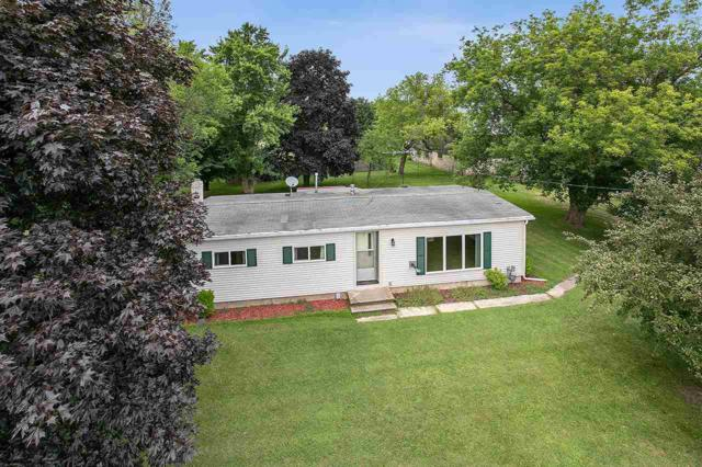 E3168 Hwy 29, Kewaunee, WI 54216 (#50208819) :: Symes Realty, LLC