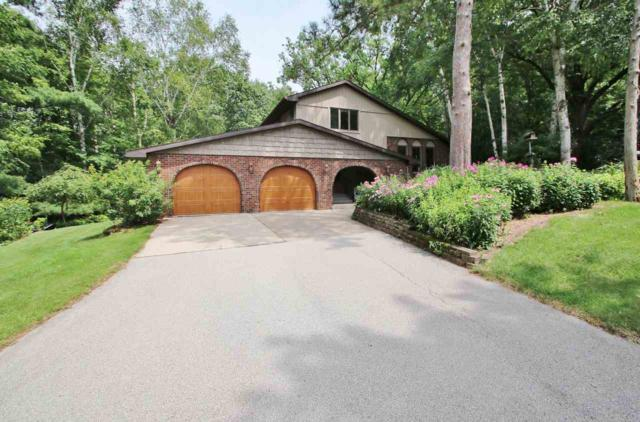 826 Winding Trail, Oneida, WI 54155 (#50208855) :: Todd Wiese Homeselling System, Inc.
