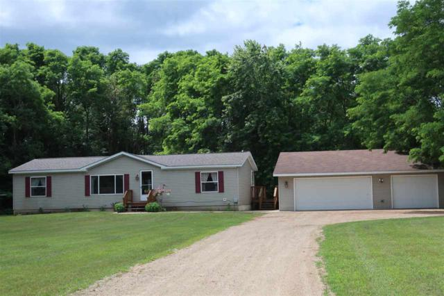 W7089 Chicago Road, Wautoma, WI 54982 (#50208858) :: Dallaire Realty