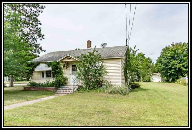 1003 Park Avenue, Waupaca, WI 54981 (#50208872) :: Todd Wiese Homeselling System, Inc.