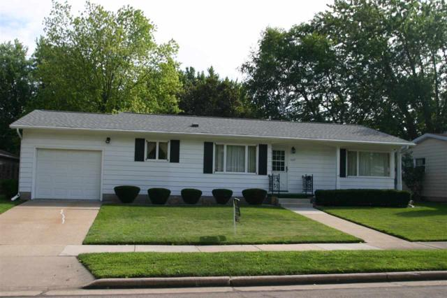1407 W 3RD Avenue, Oshkosh, WI 54902 (#50208977) :: Symes Realty, LLC