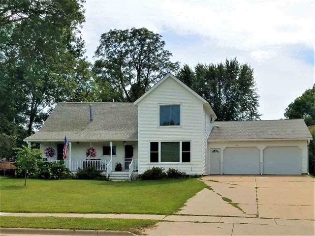 429 E 4TH Street, Manawa, WI 54949 (#50210639) :: Todd Wiese Homeselling System, Inc.