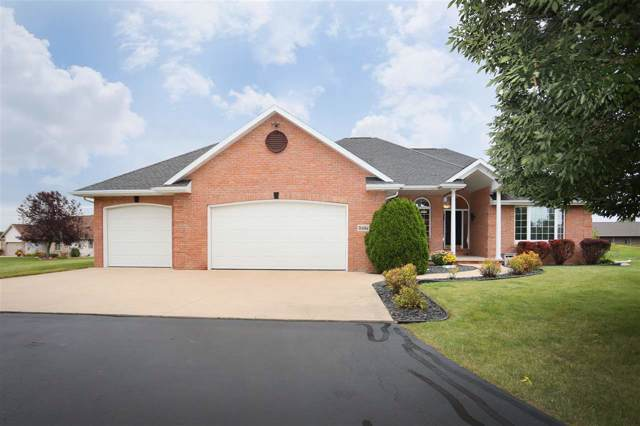 W6964 Hickory Nut Trail, Appleton, WI 54914 (#50210677) :: Todd Wiese Homeselling System, Inc.