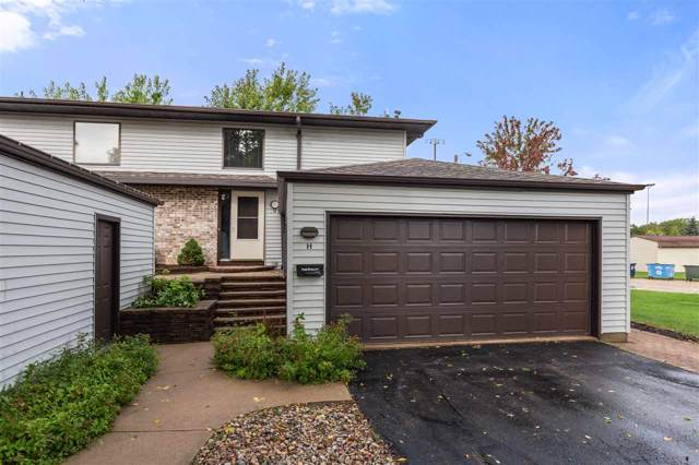 214 Parkside Court H, Kimberly, WI 54136 (#50210734) :: Todd Wiese Homeselling System, Inc.