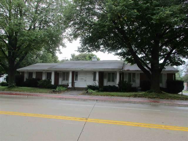 1176 E Walnut Street, Green Bay, WI 54301 (#50210737) :: Todd Wiese Homeselling System, Inc.