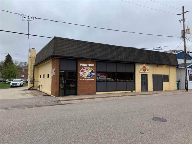 111 N Franklin Street, Waupaca, WI 54981 (#50210827) :: Dallaire Realty