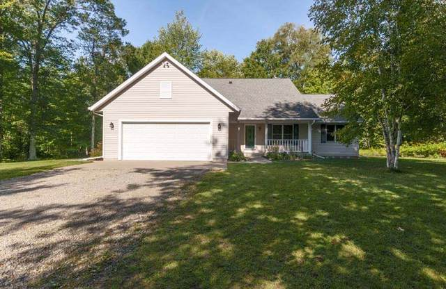 W2671 Woodview Lane, Marinette, WI 54143 (#50210879) :: Dallaire Realty