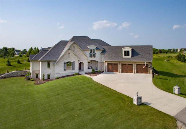 3030 Lennon Lane, Neenah, WI 54956 (#50210915) :: Todd Wiese Homeselling System, Inc.