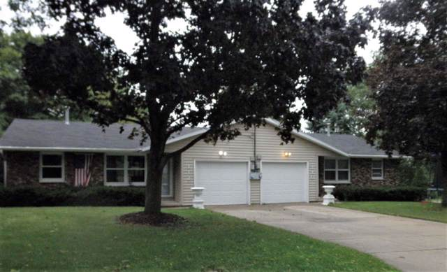 110 Alpine Drive, Green Bay, WI 54302 (#50210928) :: Todd Wiese Homeselling System, Inc.