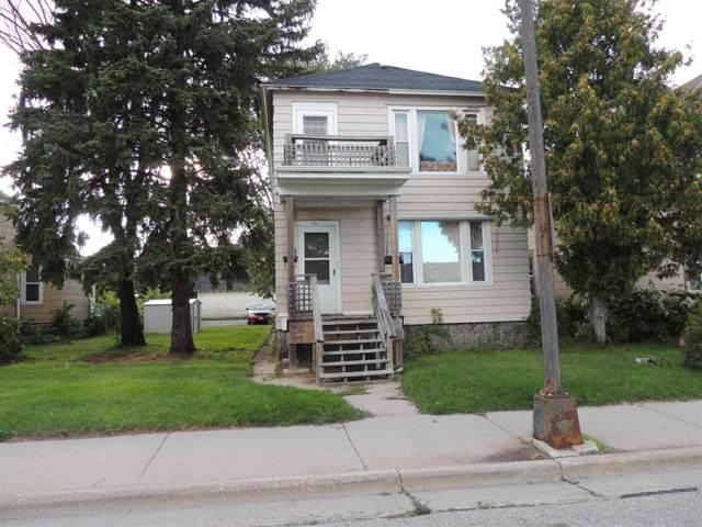 833 Pierce Avenue, Marinette, WI 54143 (#50210942) :: Todd Wiese Homeselling System, Inc.