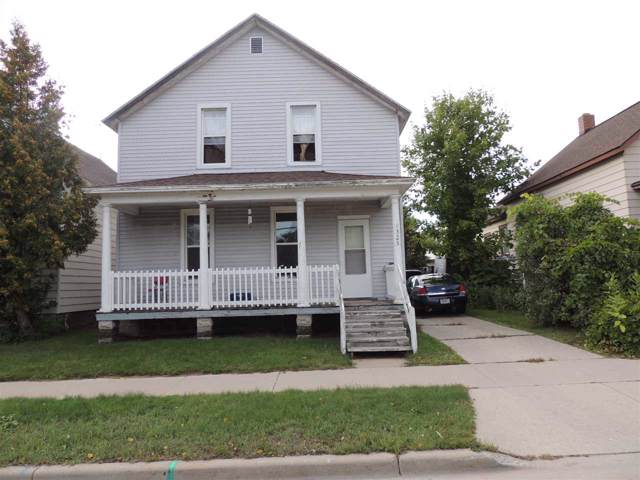 1323 Shore Drive, Marinette, WI 54143 (#50210943) :: Todd Wiese Homeselling System, Inc.