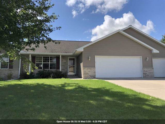 1769 Maxwell Court, De Pere, WI 54115 (#50210944) :: Todd Wiese Homeselling System, Inc.