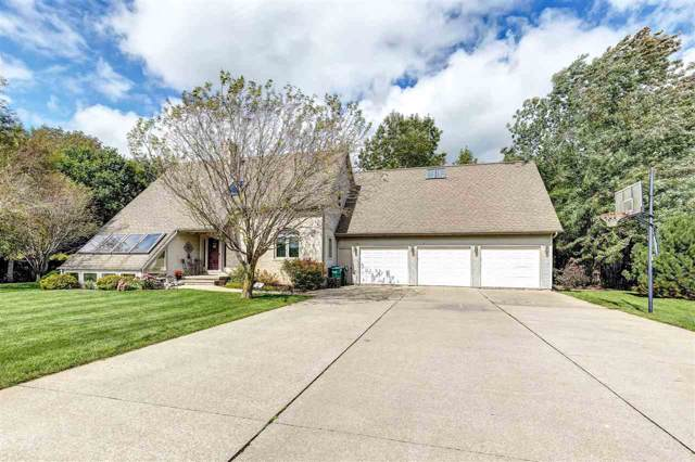 2922 Noah Road, De Pere, WI 54115 (#50210965) :: Todd Wiese Homeselling System, Inc.