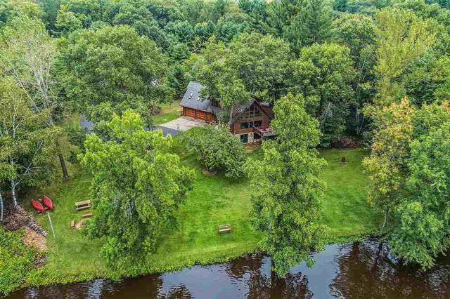 3021 Susies Hill Court, Oconto, WI 54153 (#50210971) :: Dallaire Realty