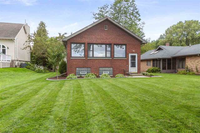 480 Sunrise Bay Road, Neenah, WI 54956 (#50211002) :: Dallaire Realty