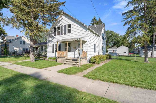 837 14TH Avenue, Green Bay, WI 54304 (#50211078) :: Todd Wiese Homeselling System, Inc.