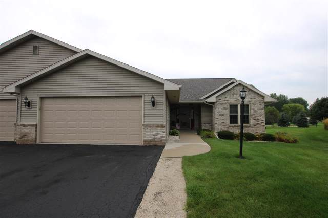 N6555 Westwind Drive, Fond Du Lac, WI 54937 (#50211081) :: Dallaire Realty