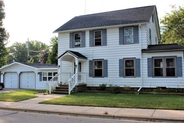 516 W Division Street, Shawano, WI 54166 (#50211102) :: Todd Wiese Homeselling System, Inc.