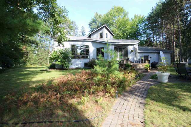 N2299 Country Lane, Waupaca, WI 54981 (#50211126) :: Todd Wiese Homeselling System, Inc.