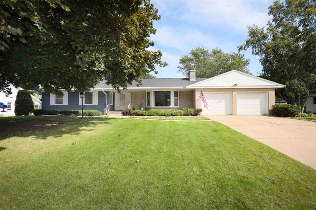 720 Tyler Avenue, Omro, WI 54963 (#50211150) :: Dallaire Realty