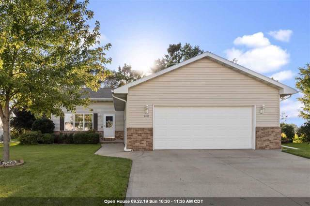 2555 Old Alex Court, Oshkosh, WI 54904 (#50211193) :: Todd Wiese Homeselling System, Inc.