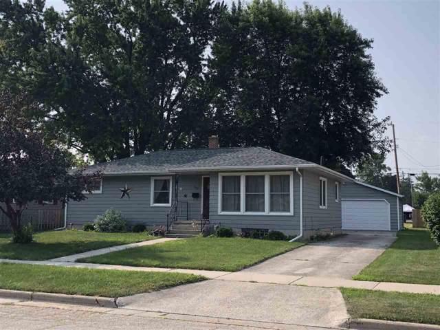 602 Bragg Street, Fond Du Lac, WI 54935 (#50211278) :: Todd Wiese Homeselling System, Inc.