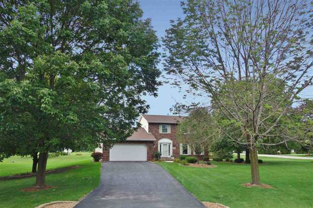 15 Ledgebrook Drive, Fond Du Lac, WI 54935 (#50211333) :: Todd Wiese Homeselling System, Inc.