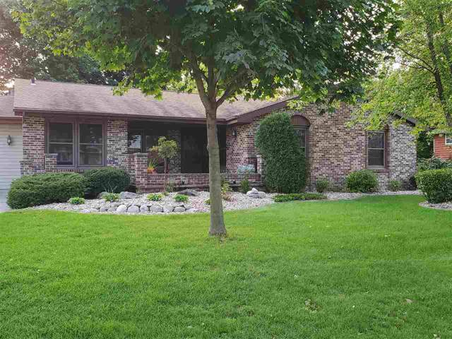 700 Margeo Drive, Neenah, WI 54956 (#50211345) :: Symes Realty, LLC