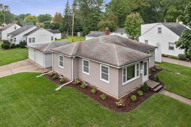 1241 Marian Lane, Green Bay, WI 54304 (#50211349) :: Symes Realty, LLC