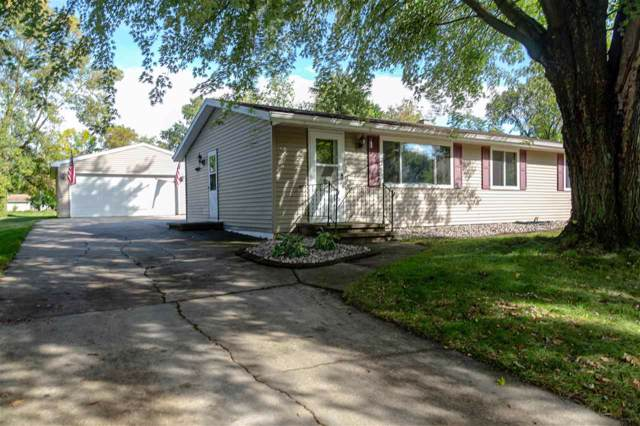 209 Fairway Street, Combined Locks, WI 54113 (#50211383) :: Dallaire Realty