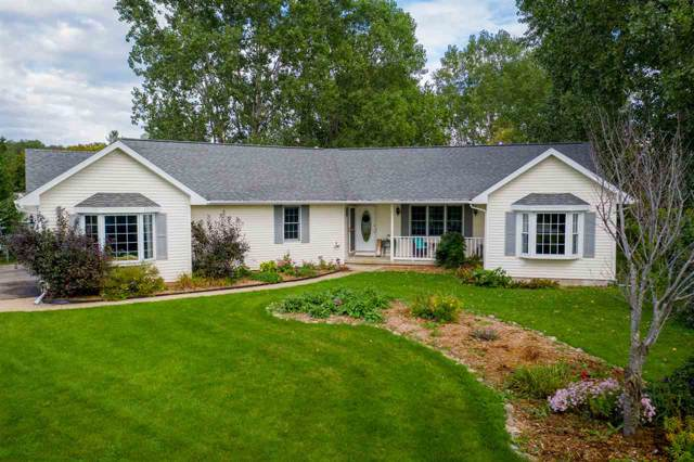 1528 S Park Avenue, Neenah, WI 54956 (#50211395) :: Todd Wiese Homeselling System, Inc.