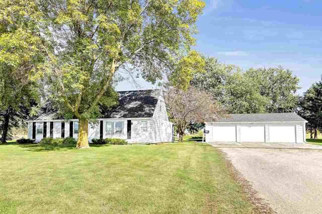211 S Vandenberg Road, Green Bay, WI 54311 (#50211554) :: Symes Realty, LLC