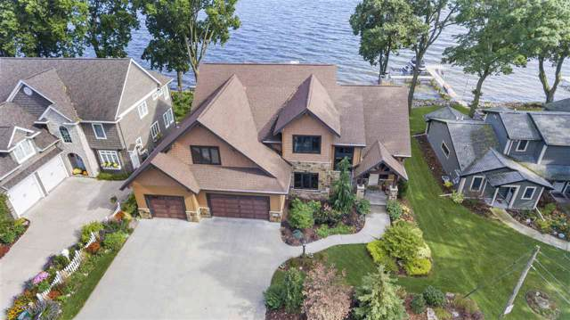 6400 N Paynes Point Road, Neenah, WI 54956 (#50211559) :: Dallaire Realty