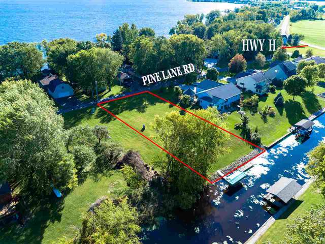 Pine Lane, Fremont, WI 54940 (#50211908) :: Dallaire Realty