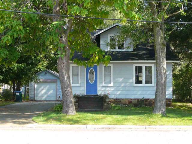 321 S Scott Street, Wautoma, WI 54960 (#50211931) :: Dallaire Realty