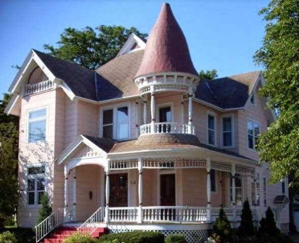 630 E Walnut Street, Green Bay, WI 54305 (#50212065) :: Todd Wiese Homeselling System, Inc.