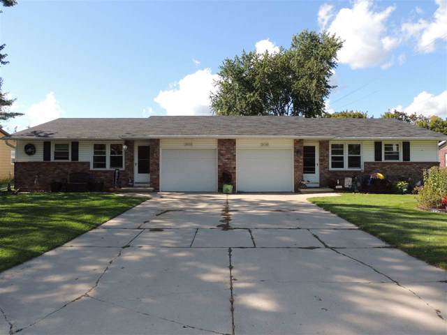 2686 Violet Lane, Green Bay, WI 54313 (#50212076) :: Todd Wiese Homeselling System, Inc.