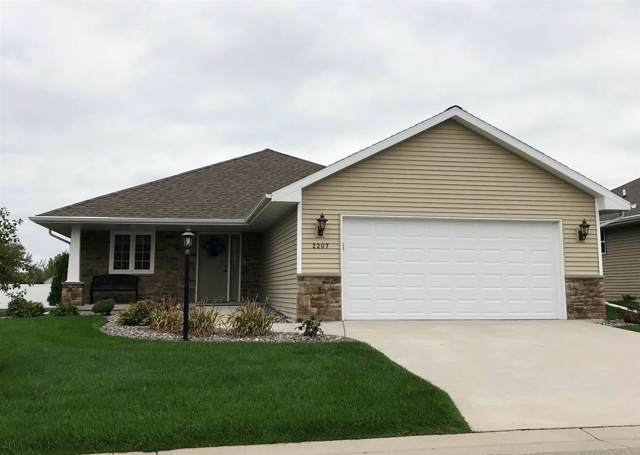 2207 Mahogany Trail, De Pere, WI 54115 (#50212168) :: Todd Wiese Homeselling System, Inc.