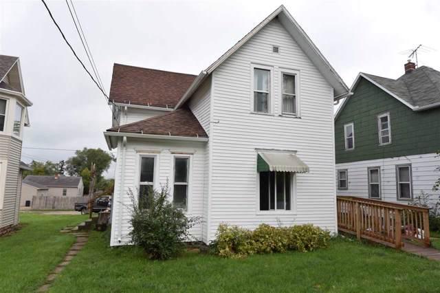 218 E 8TH Street, Kaukauna, WI 54130 (#50212239) :: Todd Wiese Homeselling System, Inc.