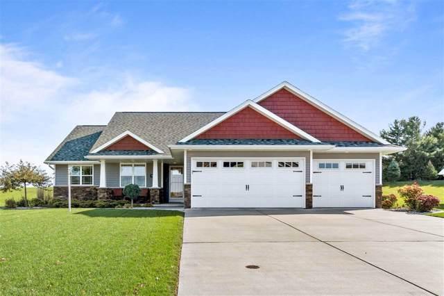 4556 N Star Ridge Lane, Appleton, WI 54913 (#50212316) :: Todd Wiese Homeselling System, Inc.