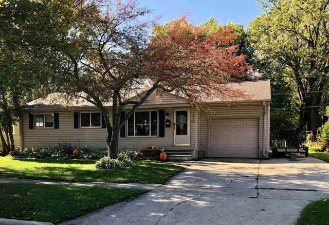 1255 N Locust Street, Green Bay, WI 54303 (#50212341) :: Dallaire Realty